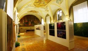 Centro-Periferia Camera dei deputati Vicolo Valdina